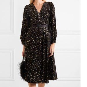 ⭐️New⭐️DVF Velvet Wrap Midi Dress